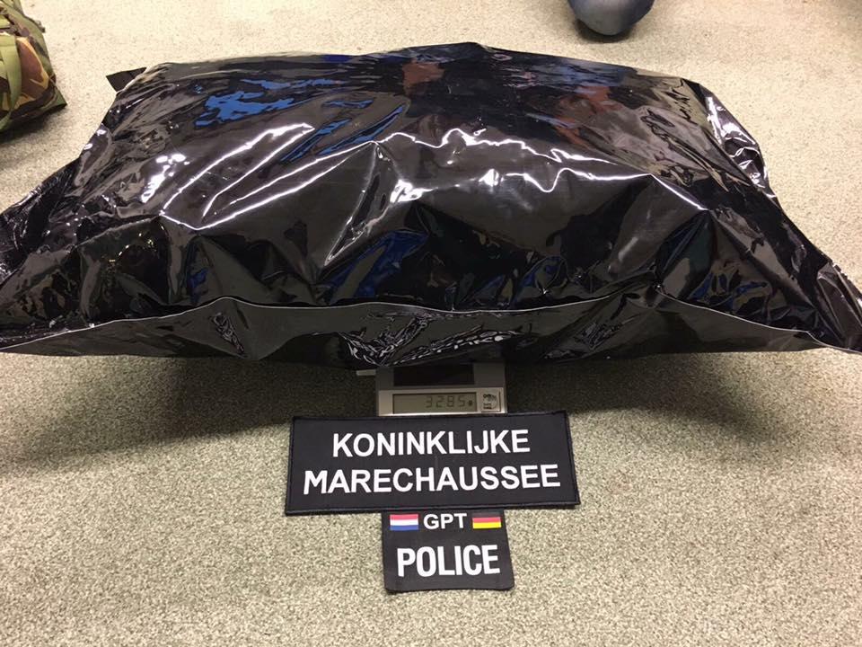 Grensoverschrijdend Politieteam houdt man aan voor drugssmokkel