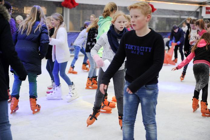 Eerste échte ijsbaan van Zevenaar opent 27 december!