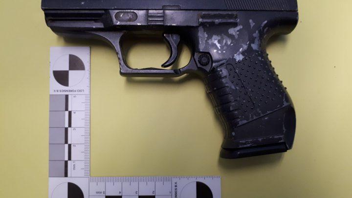 14-jarige jongen beroofd